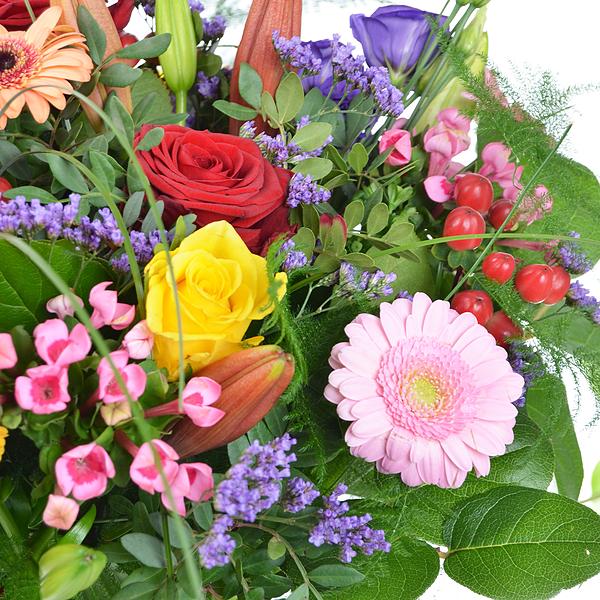 Bouquet mixed flowers medium